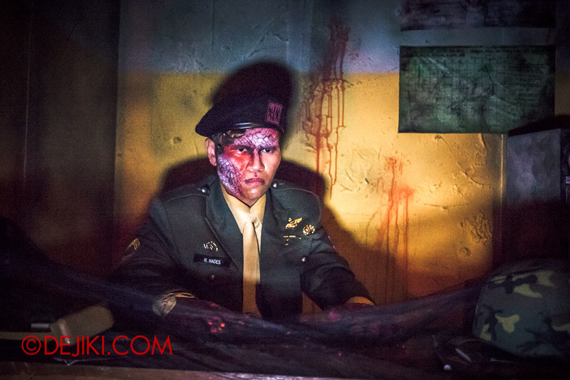 Halloween Horror Nights 4 - MATI CAMP haunted house - The Sergeant Major, corrupted