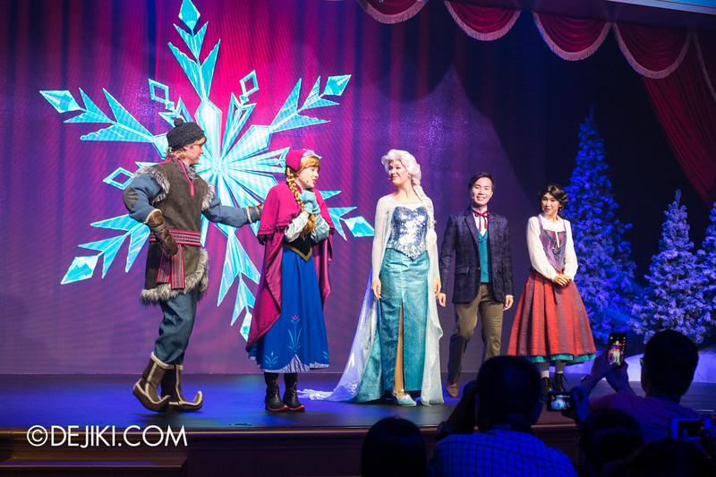 Hong Kong Disneyland - Frozen Village / Frozen Festival Show / Kristoff, Anna and Elsa