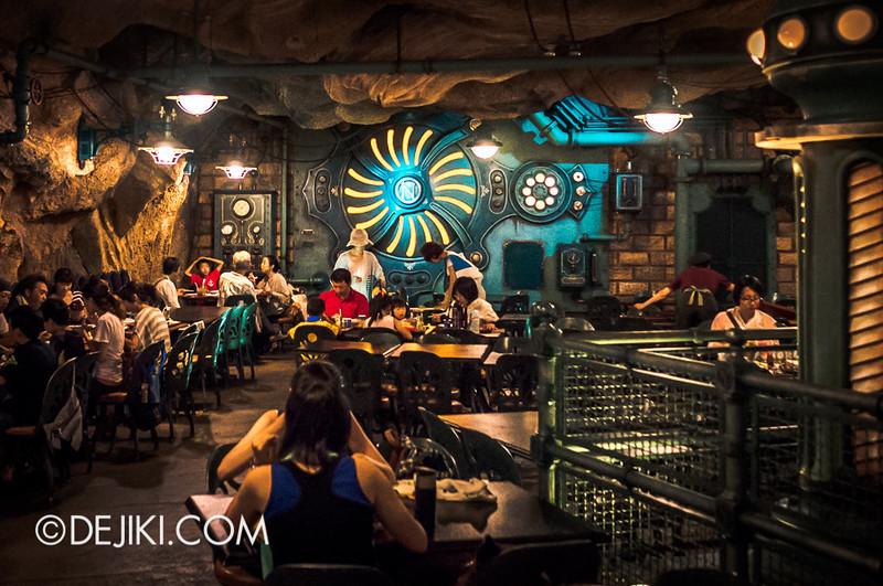 Mysterious Island - Vulcania Restaurant 15