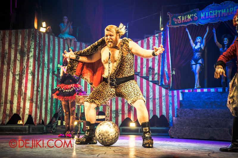 Halloween Horror Nights 4 - Jack's Nightmare Circus - Gordo Gamsby / The Ball and Chain