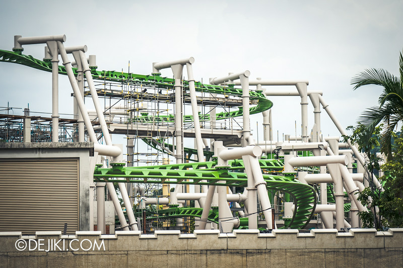 Universal Studios Singapore - Park Update September 2014 - Puss in Boot's Giant Journey - roller coaster track photos