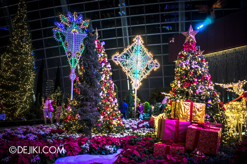 Gardens by the Bay - Yuletide in the Flower Dome at night - A Christmas Wonderland of Gifts