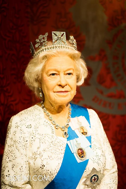Madame Tussauds Singapore - Her Majesty Queen Elizabeth II