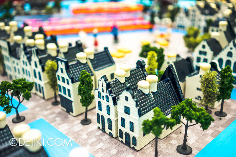 Gardens by the Bay - Tulipmania 2014 - Miniature houses close-up 2A