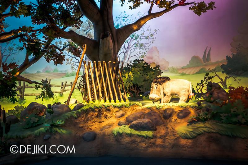 Tokyo Disneyland - Pooh's Hunny Hunt, Eeyore's sticks