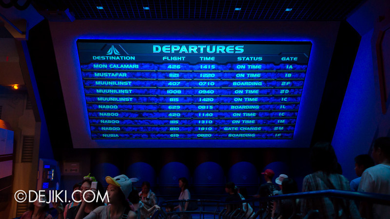 Star Tours: The Adventures Continue, queue bay 4