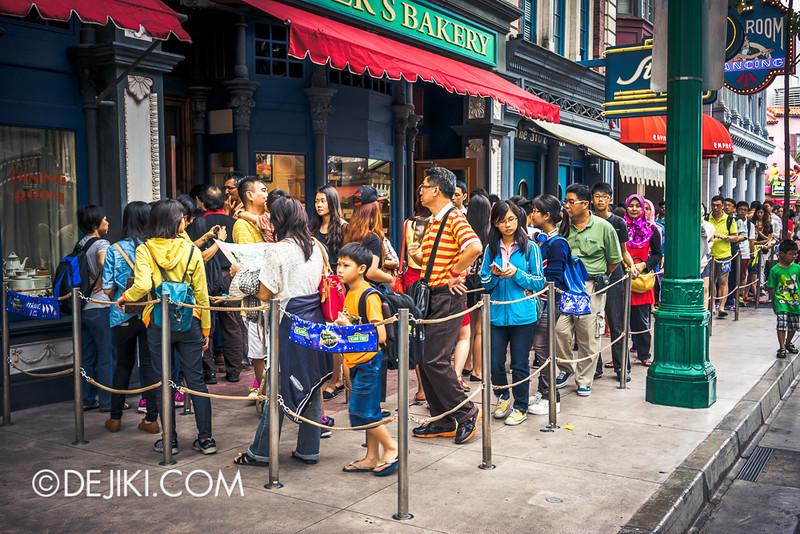 Universal Studios Singapore - Sesame Street Spaghetti Space Chase 2