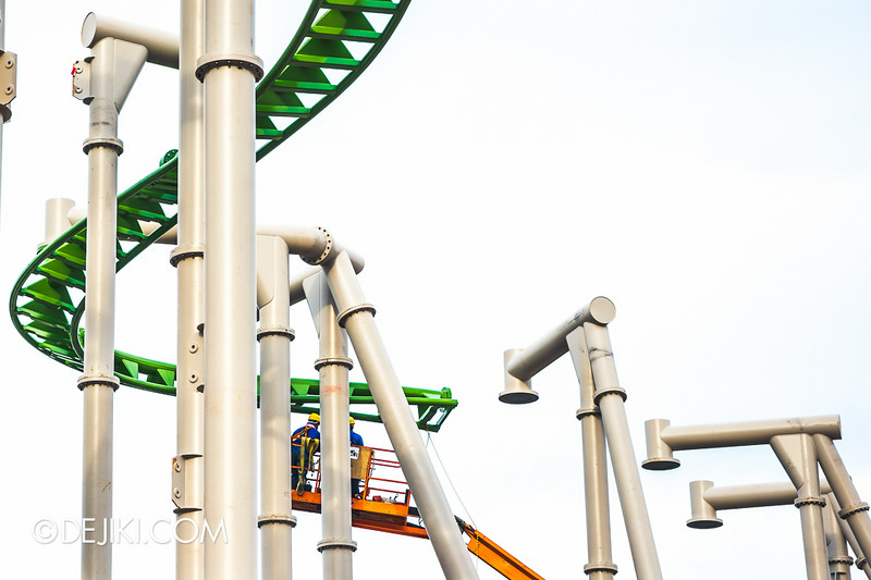 Universal Studios Singapore - Park Update July 2014 - Puss in Boots rollercoaster update 3