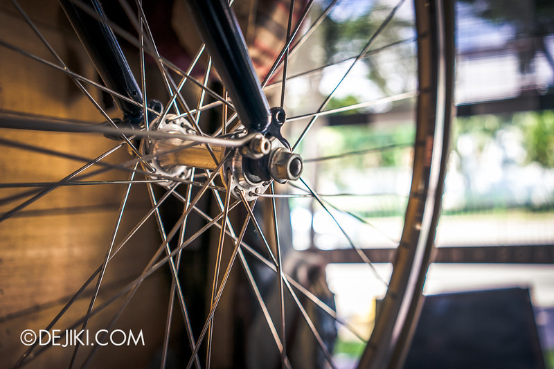 Carry On Cafe 20 - Wheel Spokes