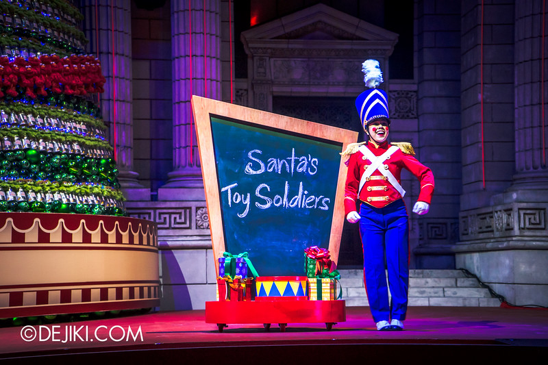 Universal Studios Singapore Christmas 2014 - Snowy Christmas at Santa's Land - Santa's Toy Soldiers / Changing of the Guard Show / Tiny Soldier
