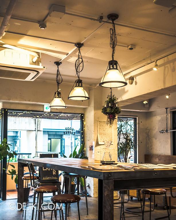 LATTEST OMOTESANDO Espresso Bar 17 - Communal Table