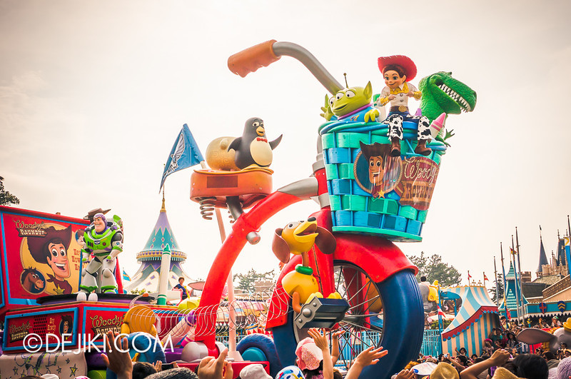 Tokyo Disneyland - Happiness is Here Parade 14 / Toy Story, Slinky, Rex, Buzz, Wheezy, Aliens