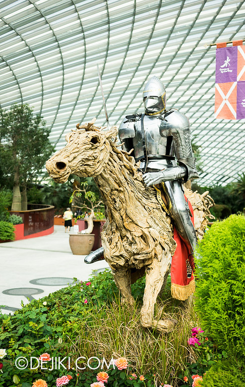 Gardens by the Bay - War of the Roses / Knight