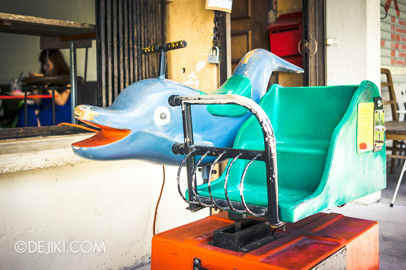 Tian Kee & Co. Cafe - Dolphin ride for kids