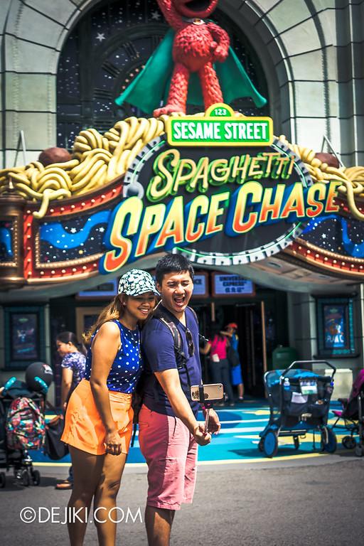 Universal Studios Singapore - Park Update June 2014 - Photos around the Park 3 / Selfie Stick moment