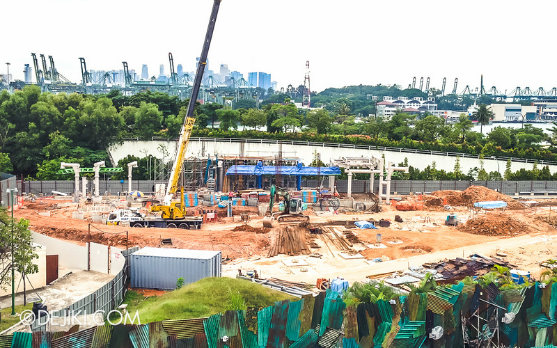 Universal Studios Singapore - Park Update July 2014 - New Attraction at Far Far Away Extension / Suspended Family Coaster 3