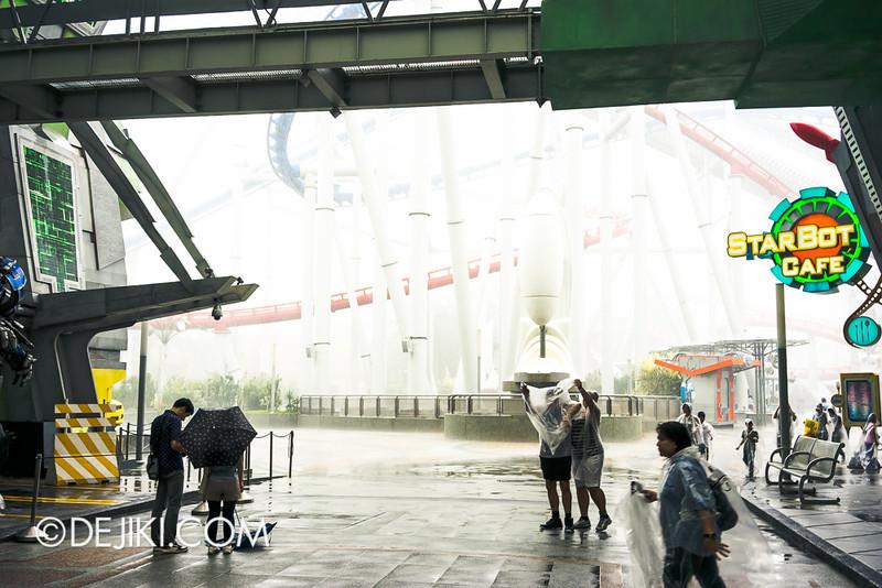 Universal Studios Singapore - Storm at Sci-Fi