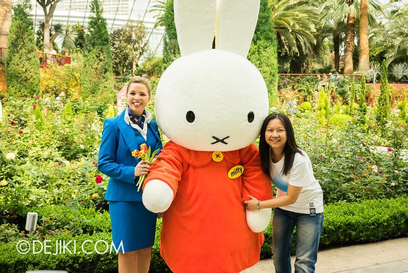 Miffy with KLM Flight Stewardess 5