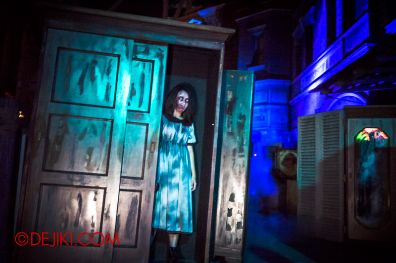 Halloween Horror Nights 4 - Sneak Preview - Bogeyman scare zone