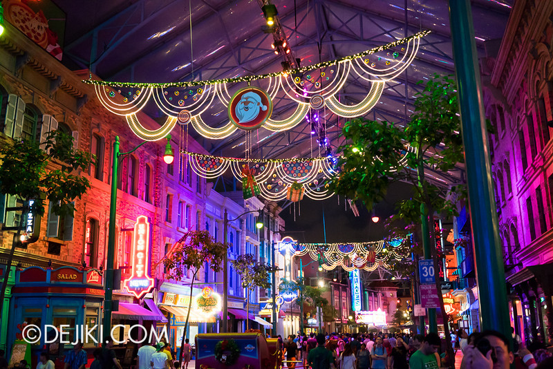 Universal Studios Singapore - Snowfall and Lights