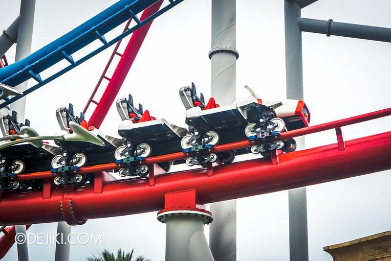 Universal Studios Singapore - Park Update December 2014 - Battlestar Galactica BSG HUMAN red roller coaster test cycles 3 / new ride vehicle