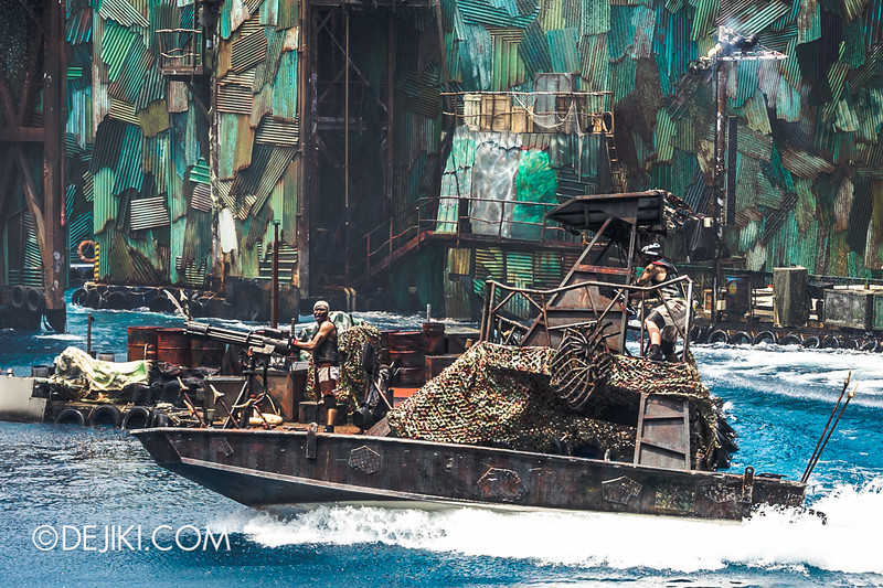 Universal Studios Singapore - Photos around the park: Waterworld 3