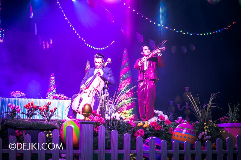Universal Studios Singapore - Easter Eggstravaganza 2015 - Royal Lunch at Eggingham Gardens / Violin and Cello