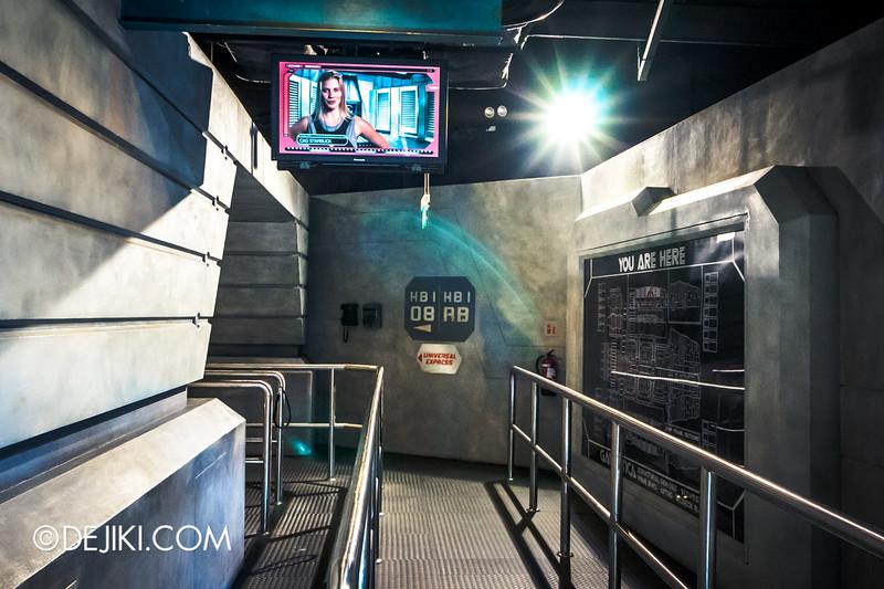 Universal Studios Singapore - Battlestar Galactica: HUMAN vs CYLON dueling roller coaster ride - HUMAN queue / inside Galactica, CAG