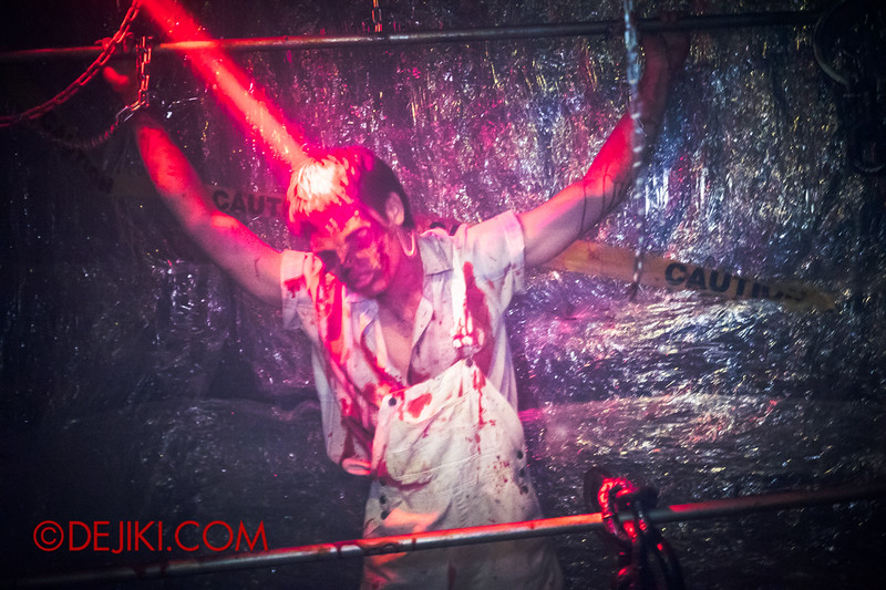 Downtown East - Escape to 'Hell'oween - The Terror Maze Haunted House 3 / Man in Chains