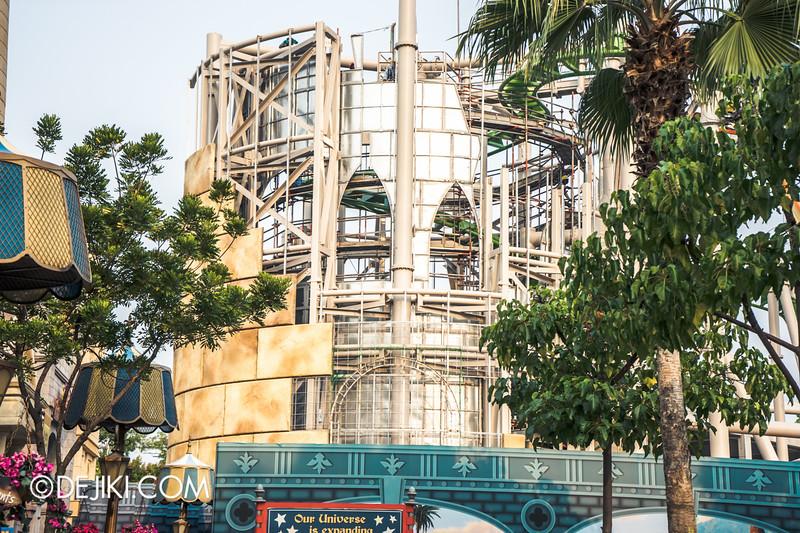 Universal Studios Singapore - Park Update October 2014 - Puss in Boot's Giant Journey construction update 4