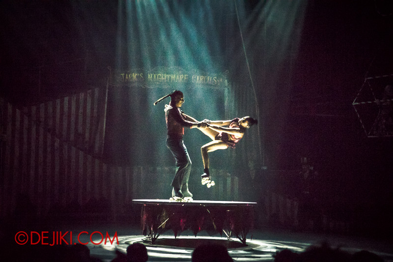 Halloween Horror Nights 4 - Jack's Nightmare Circus - Duo Skaters from Italy 5