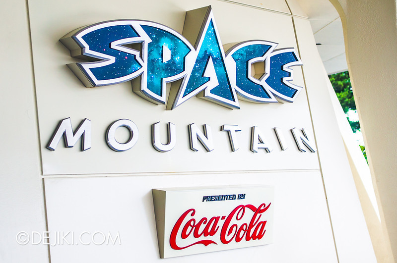 Tokyo Disneyland - Tomorrowland / Space Mountain 2