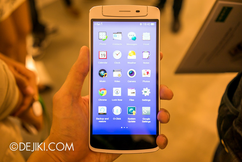 Oppo N1 smartphone, held on hand, App Drawer