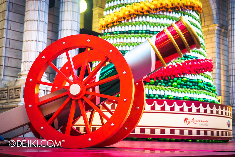 Universal Studios Singapore - Park Update December 2014 - Christmas at Santa's Land / Confetti Cannon
