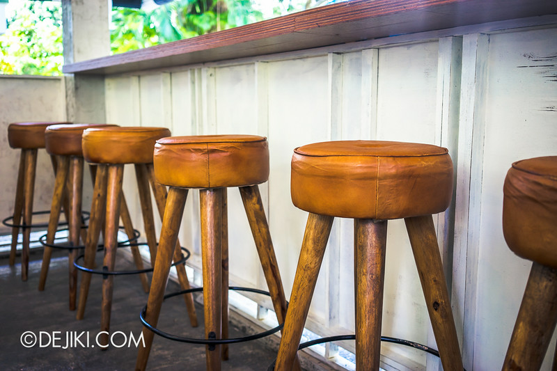 Sin Lee Foods - Outdoor bar, stool