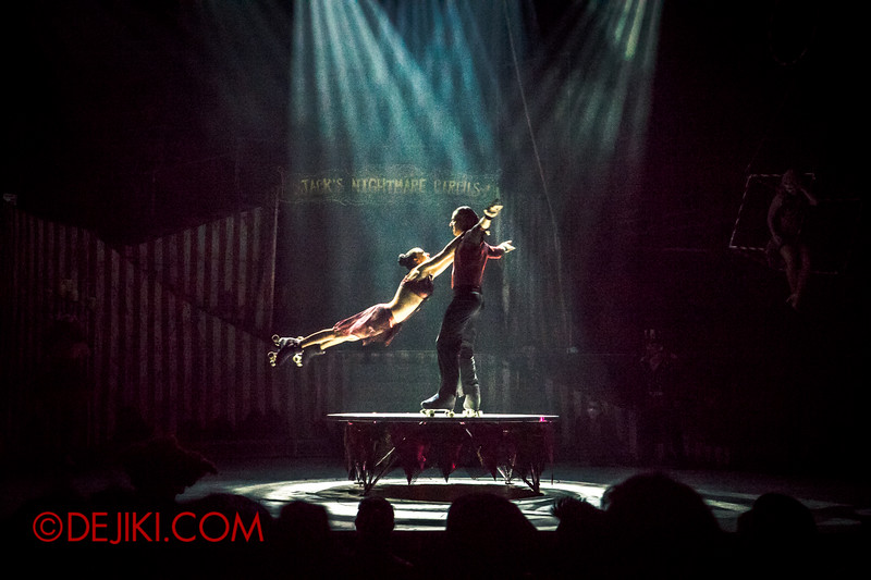 Halloween Horror Nights 4 - Jack's Nightmare Circus - Duo Skaters from Italy 4