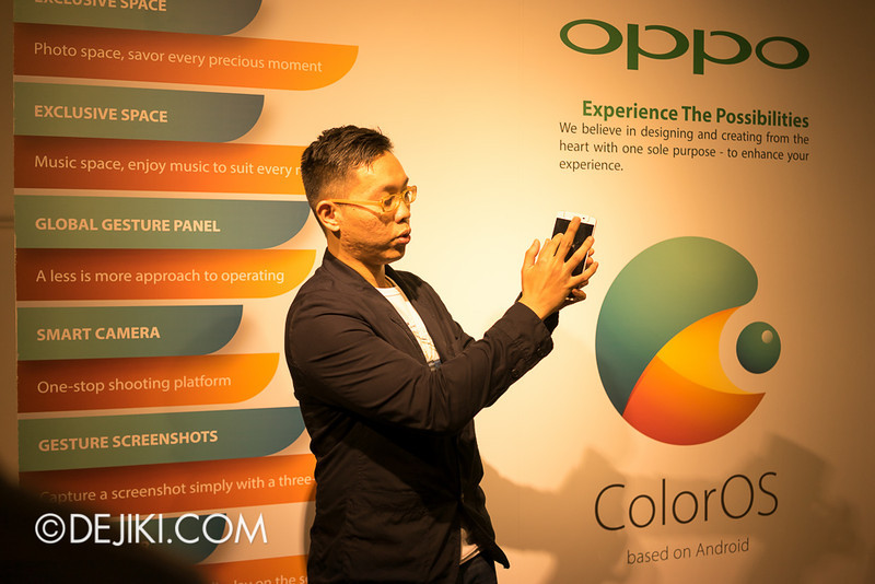 Oppo N1 - Sean Deng showing a demo of swipe gestures used when display is switched off