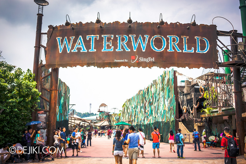 Universal Studios Singapore - Photos around the park: Waterworld