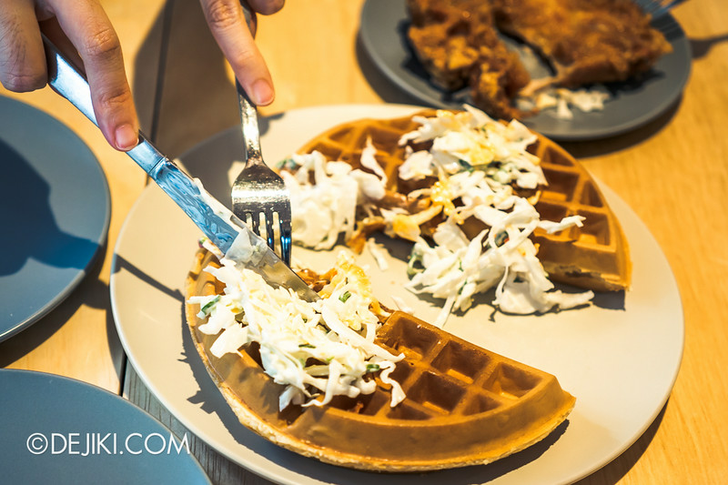 Sin Lee Foods - Dissecting the Signature Chicken waffle