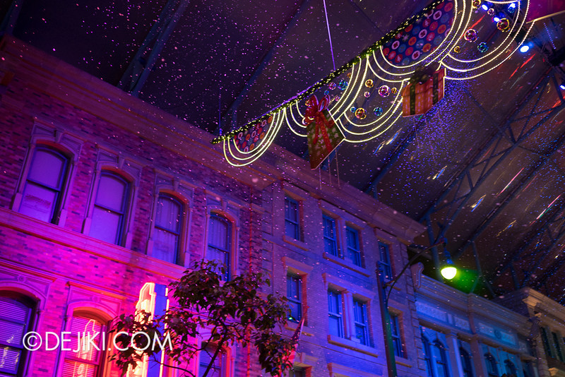 Universal Studios Singapore - Snowfall and Lights 2