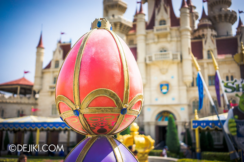 Universal Studios Singapore - Park Update March 2015 - Eggs around the park / Far Far Away 2