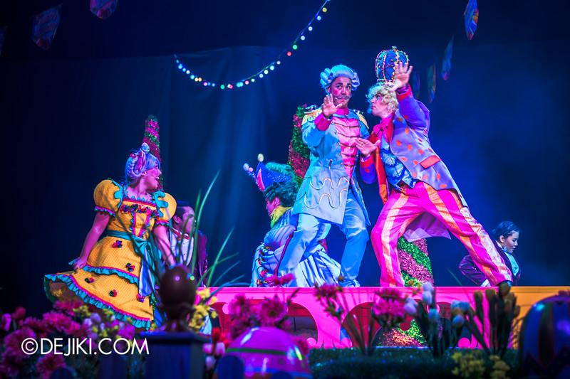 Universal Studios Singapore - Easter Eggstravaganza 2015 - Royal Lunch at Eggingham Gardens / Shake It Off