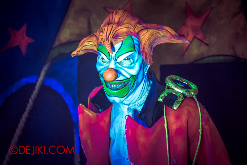 Halloween Horror Nights 4 - Jack's 3-Dementia 3D haunted house - Jack the Clown