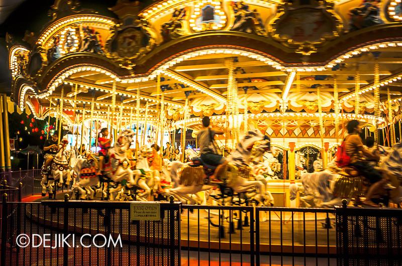 Fantasyland at night - Castle Carousel