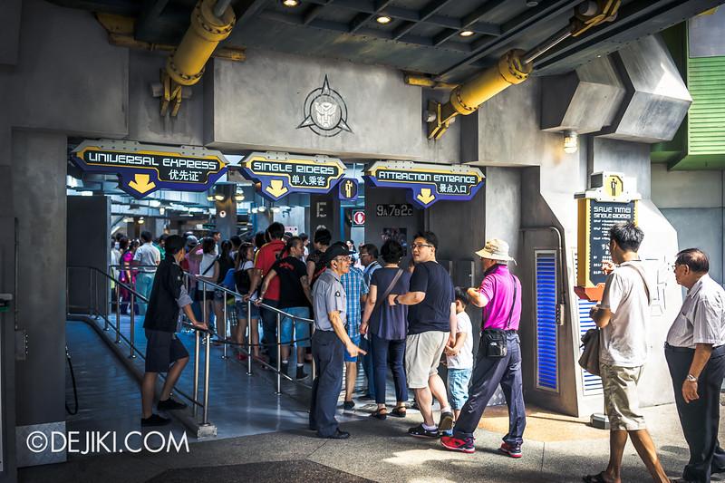 Universal Studios Singapore - Park Update June 2014 - Transformers Crowd 2