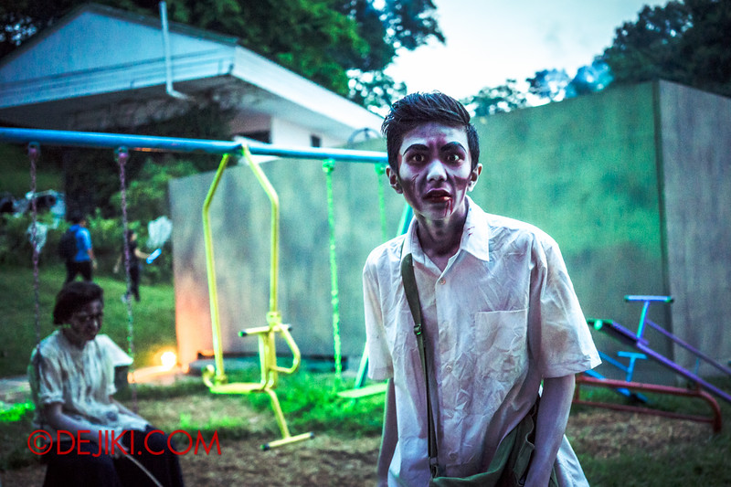 Sentosa Spooktacular 2014 - LADDALAND Scare zone roaming Scare Actors / Student at Playground