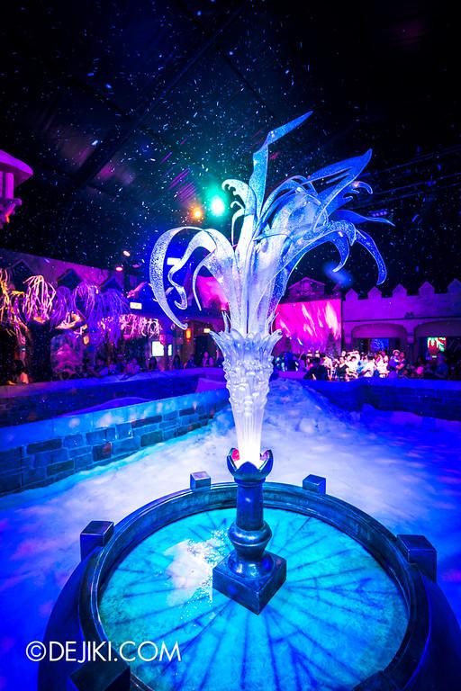Hong Kong Disneyland - Frozen Village / Frozen Festival Square - Frozen Fountain