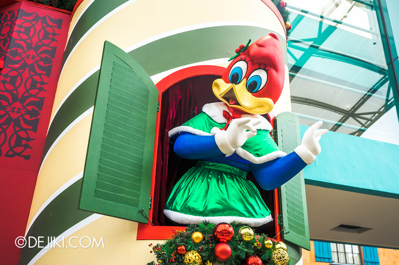 Universal Studios Singapore - Park Update December 2014 - Christmas at Santa's Land / Winnie Woodpecker