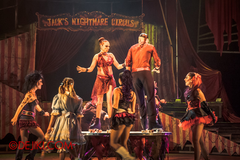 Halloween Horror Nights 4 - Jack's Nightmare Circus - Duo Skaters from Italy 3