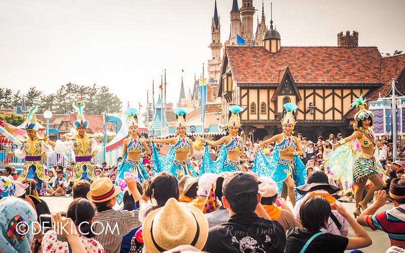 Tokyo Disneyland - Happiness is Here Parade 19 / Aladdin, Jasmine, Abu